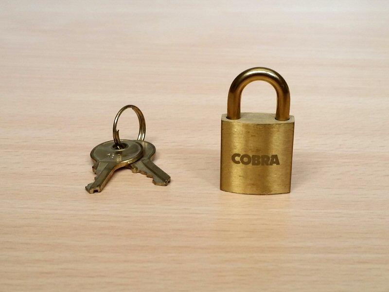 Cobra the Space Pirate - Cadenas